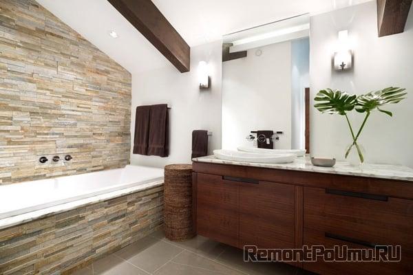 Декоративный камень в интерьере ванной