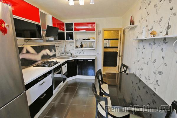 Виниловые обои на стенах кухне